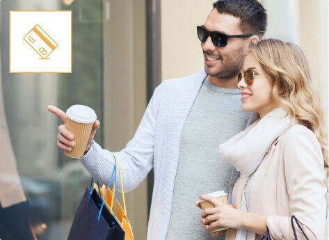 humm90 couple with sun glasses drinking coffee mob
